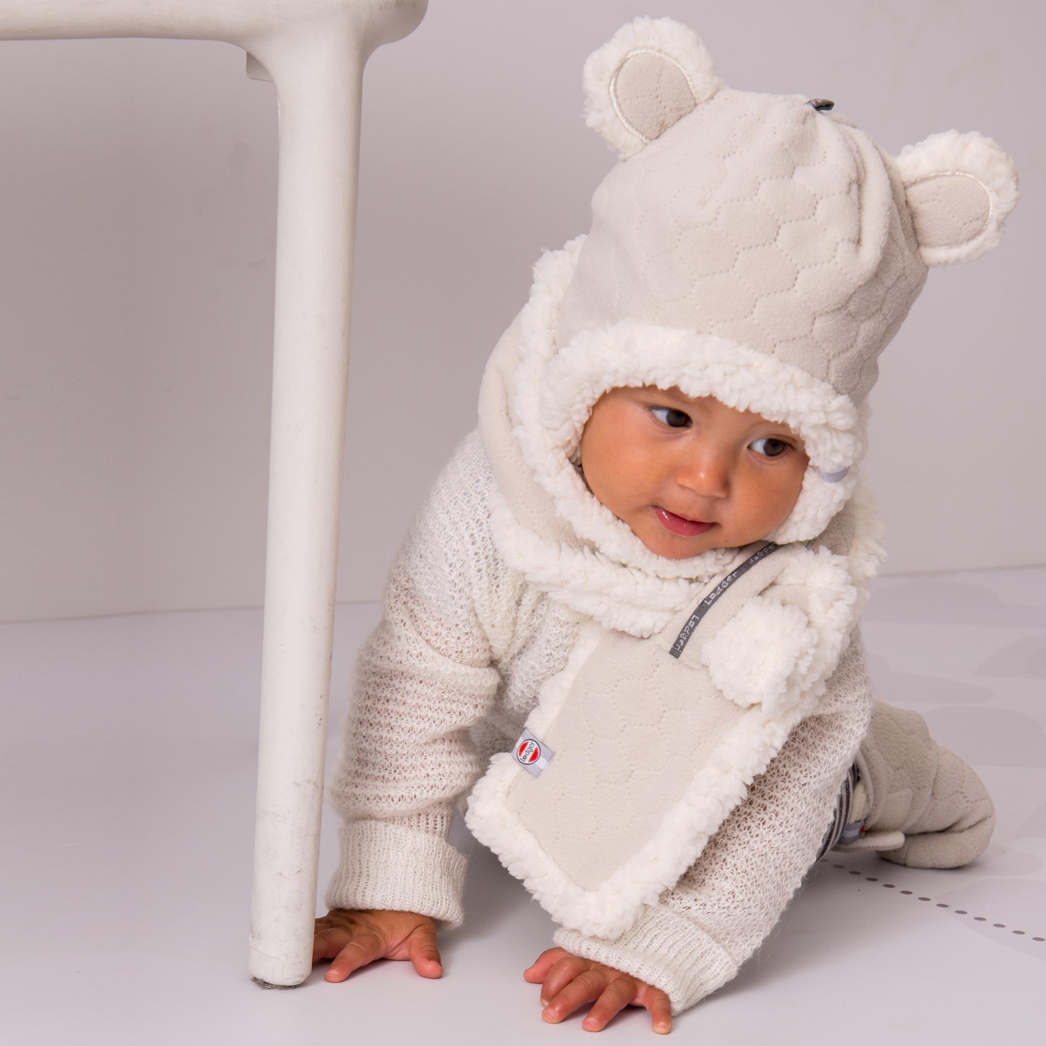 Babykleding Winter.Lodger Hatter Is Een Warme Babymuts Die Goed Aansluit Bij De Nek En